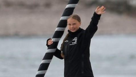 Greta Thunberg é salpata in barca a vela per New York: la giovane ambientalista parteciperá al vertice dell'Onu a settembre