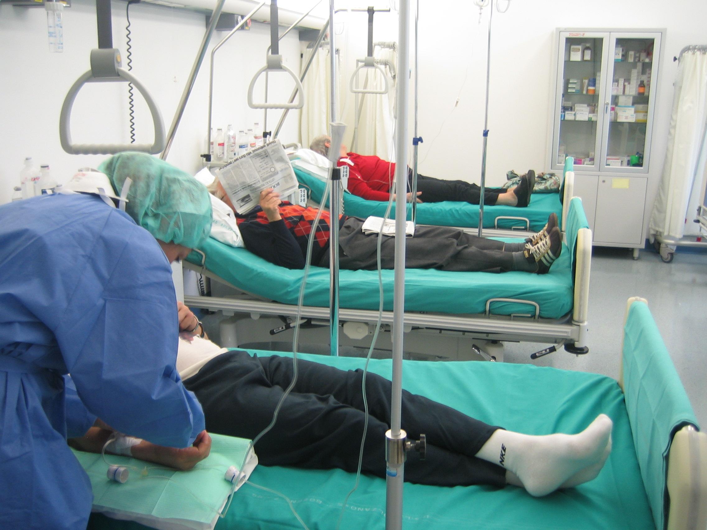 Terapia manuale di reparto cervicale di un trattamento di spina dorsale