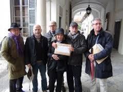 Il comitato durante la deposizione firme