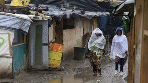 Il campo profughi di Calais sgomberato dalla polizia