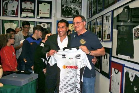 Muliaina_Museo_del_Rugby