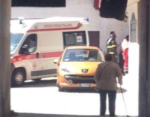I soccorritori hanno dovuto forzare la porta