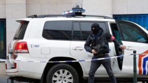La polizia accusa i quattro di essere reclutatori dell'IS