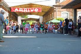 Un momento della corsa (foto informazioneonline.it)