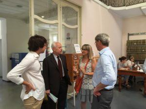 Il sindaco oggi in biblioteca con la direttrice Chiara Violini