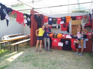 Rappresentanti del Prcp Lombardia a uno stand