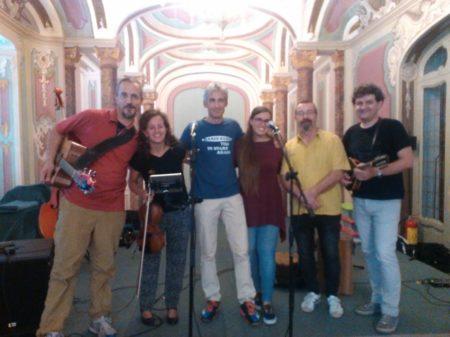 Carlo Zanzi (al centro) con la Piedmont Brothres al Salone Estense