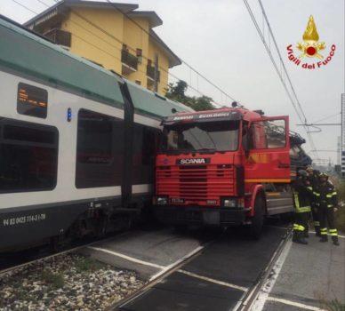 incidente-al-passaggio-a-livello-di-gazzada-570268
