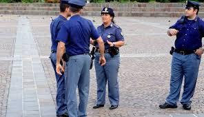 Polizia in Piazza Repubblica