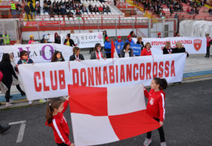 Anche il calcio ricorda la giornata mondiale contro le violenze sulle donne