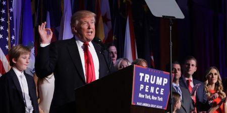 Donald Trump durante discorso dopo esito elezioni